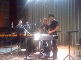 Recording of Suamox, 2009. With percussionist Eduardo Caicedo (middle) and our sound engineer
